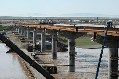 AT-Bridge-005.jpg
